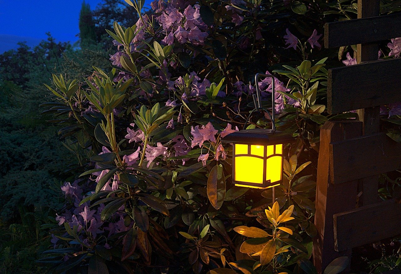 Sustainable Options For Your Outdoor Lighting