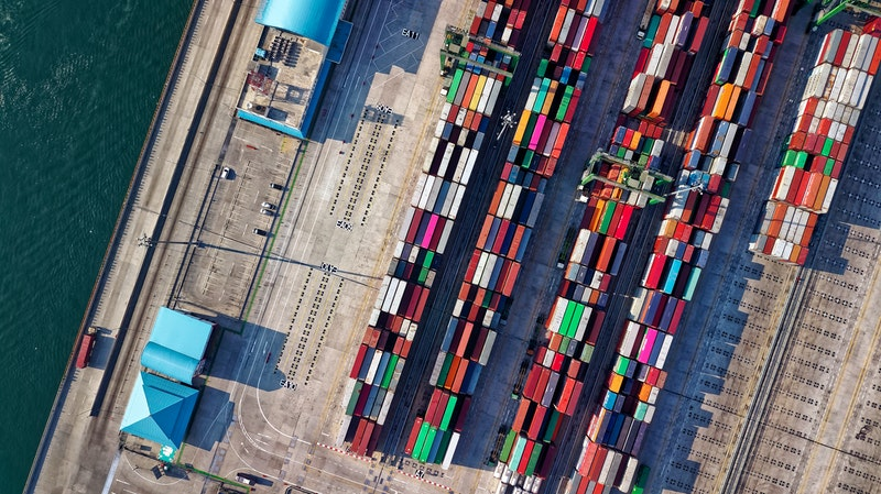 Top 5 Reasons to Invest Your Career In Supply Chain Management